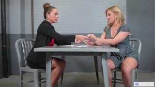 Exhibicionist Woman And The Lawyer – Abigail Mac, Lindsey Cruz – Girlsway – Squirting Lesbian